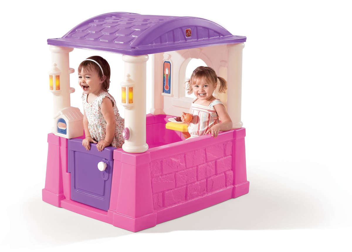 Four Seasons playhouse step 2